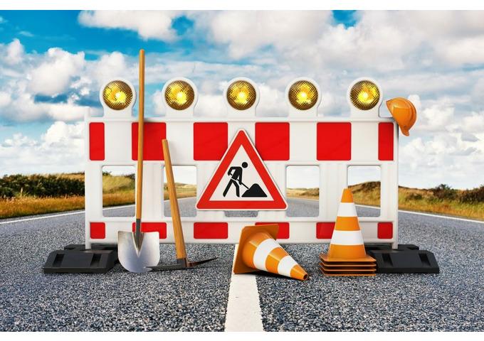 Via Casini, chiusura obbligatoria per il cantiere del collettore fognario